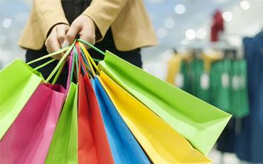 Após a crise, consumo volta a crescer, mas com moderação