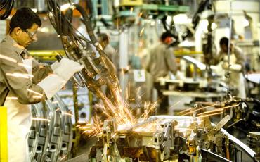Indústria segue com confiança baixa em julho, aponta CNI
