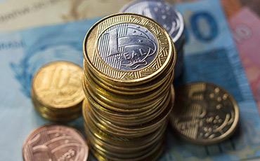Investimentos cresceram 1,5% em abril ante março, diz Ipea